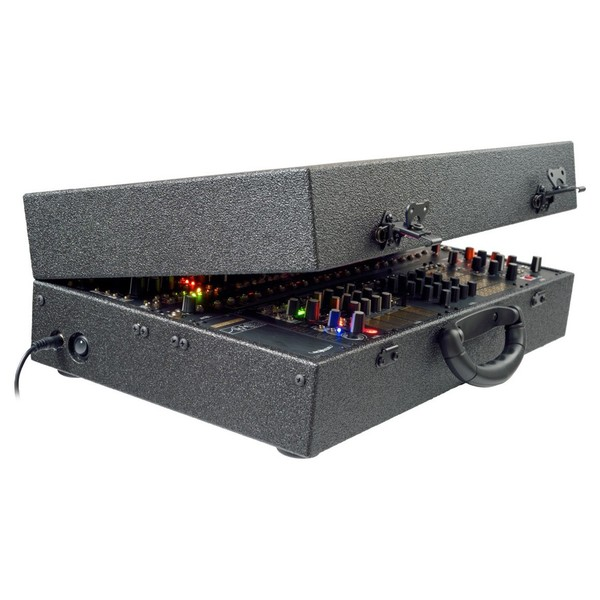 Make Noise CV Bus System - Angled Open