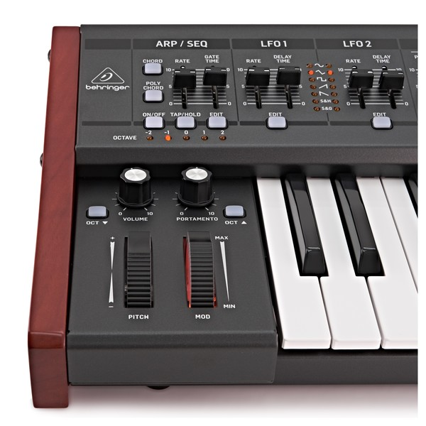 Behringer DeepMind 12 Synthesizer - Detail