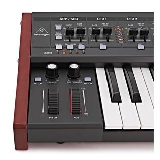 Behringer DeepMind 12 Synthesizer - Close Up 3