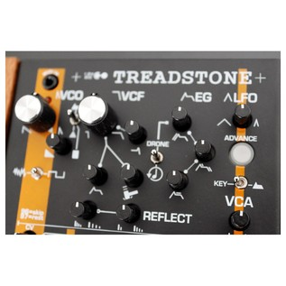 Analogue Solutions Treadstone Monosynth - Close Up (1)