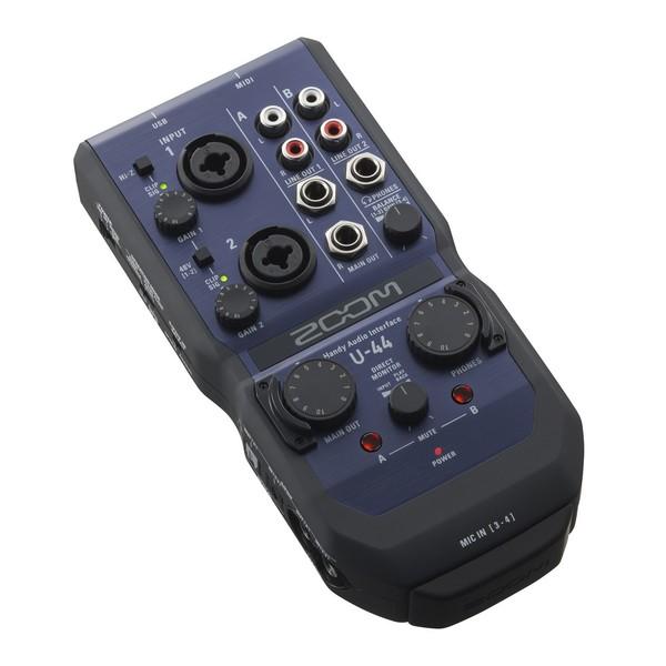Zoom U44 Interface - Angled