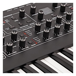Dave Smith Rev2 Prophet Analog Synth - Detail