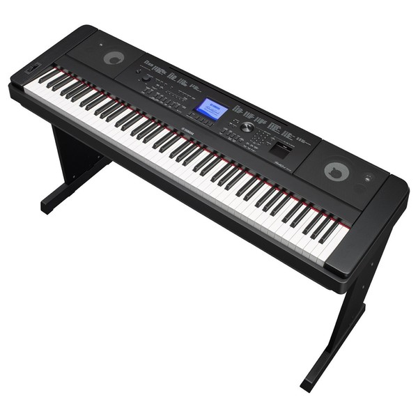 Yamaha DGX 660 Digital Piano with Stand, Black