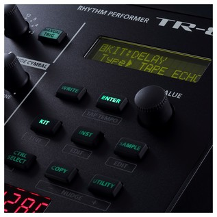 Roland AIRA TR-8S Rhythm Performer - Screen Detail