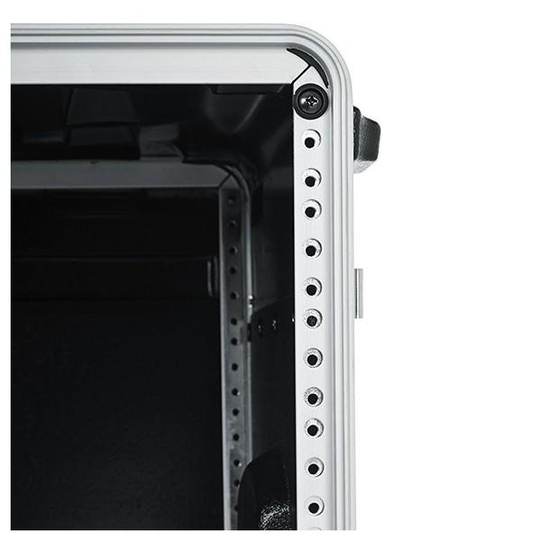 Gator GRR-10L Lockable Moulded Rolling Rack Case, 10U 9