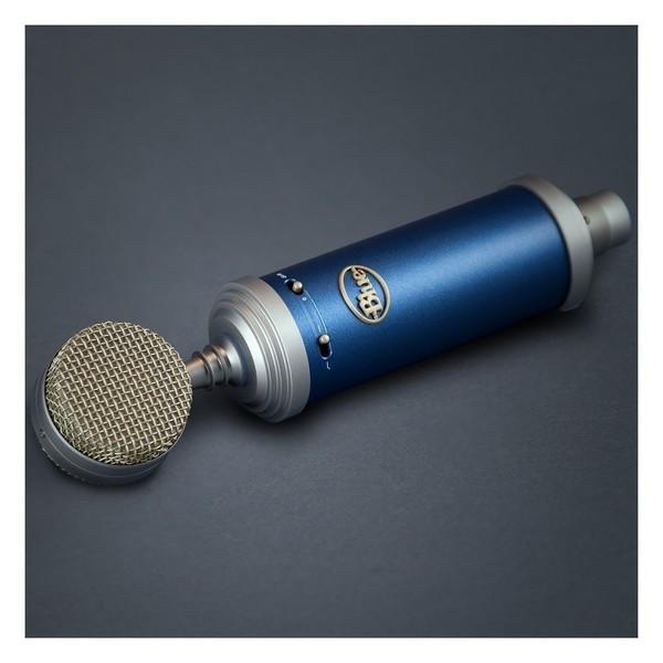 Blue Bluebird SL Condenser Microphone - Lifestyle 2