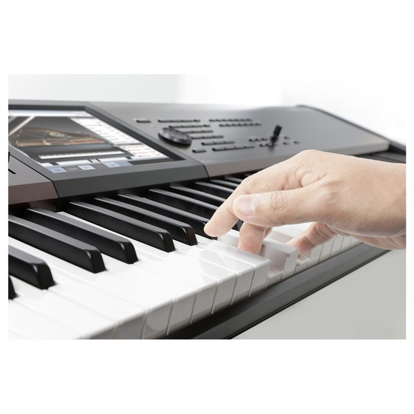 Korg Kronos LS Music Workstation - Lifestyle 1