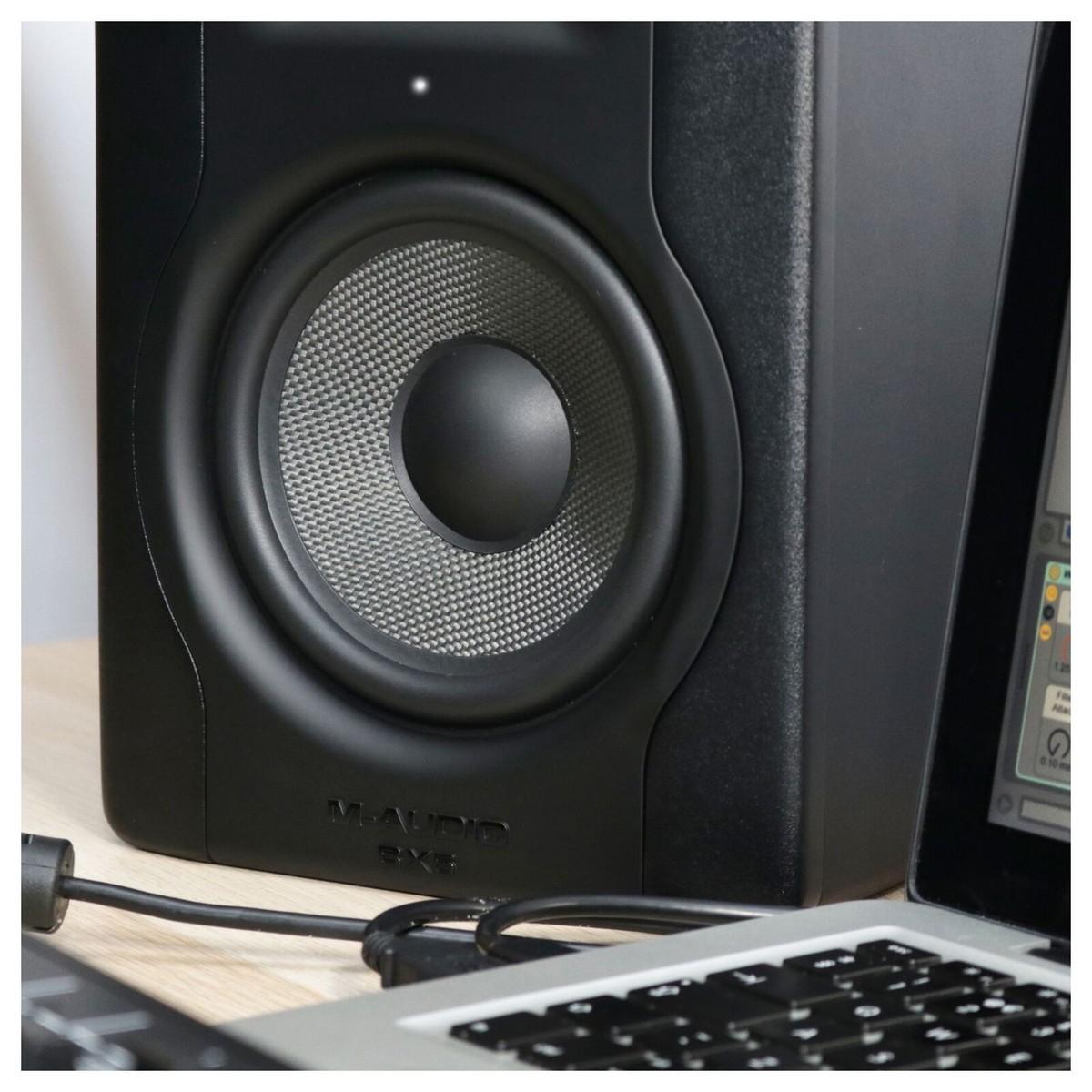 M Audio Bx5 D3 Studio Monitors Pair At Gear4music Fender Roland Ready Strat Wiring Diagram Loading Zoom
