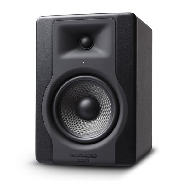 M-Audio BX5-D3 - Angled