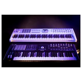 Keylab 49 MK2, White - Lifestyle