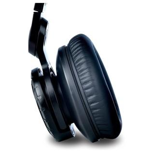 M-Audio HDH50 High Definition Headphones - Detail