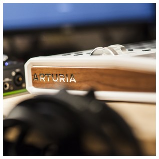 Arturia Keylab 49 MKII, White - Lifestyle 8