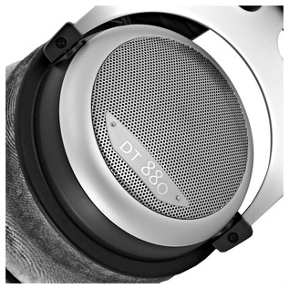 Beyerdynamic DT 880 Edition Headphones, 600 Ohms close