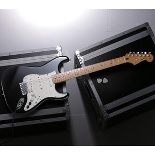 Fender Roland VG Stratocaster G5 Electric Guitar, Black