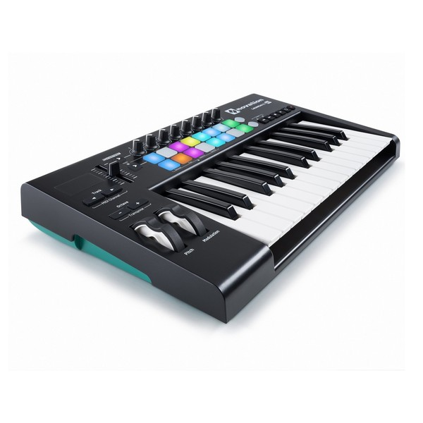 Novation LaunchKey 25 MK2 with Deluxe Keyboard Bag - Side