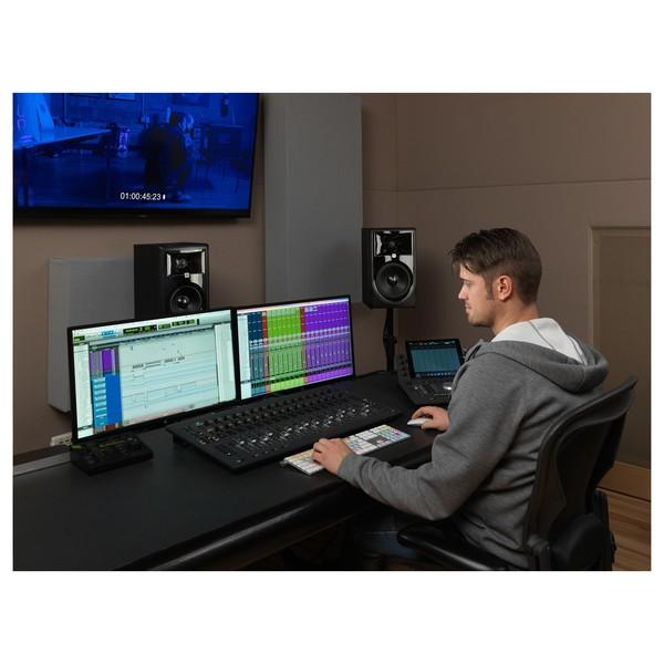 JBL LSR305P MKII Studio Monitor - Lifestyle 2