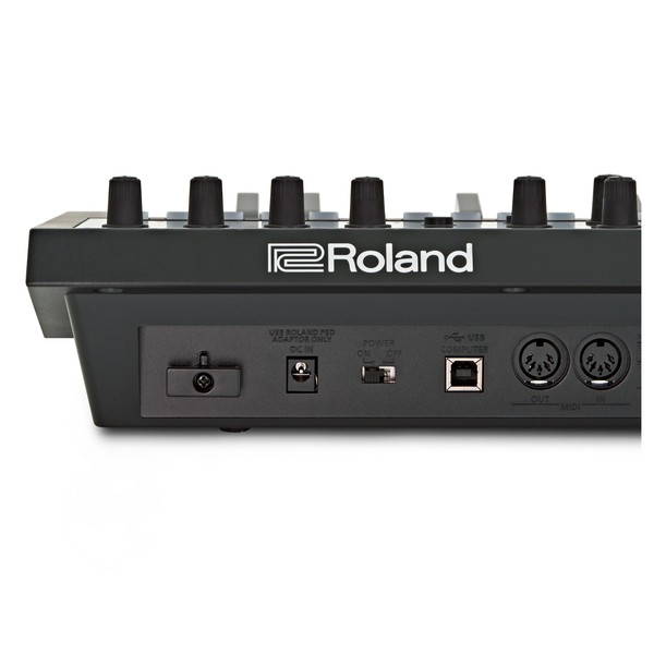 Roland JD-Xi Interactive Analog/Digital Crossover Synthesizer back close