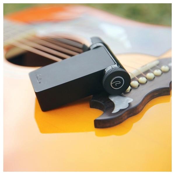 Roadie 2 Automatic Guitar Tuner - lifestyle
