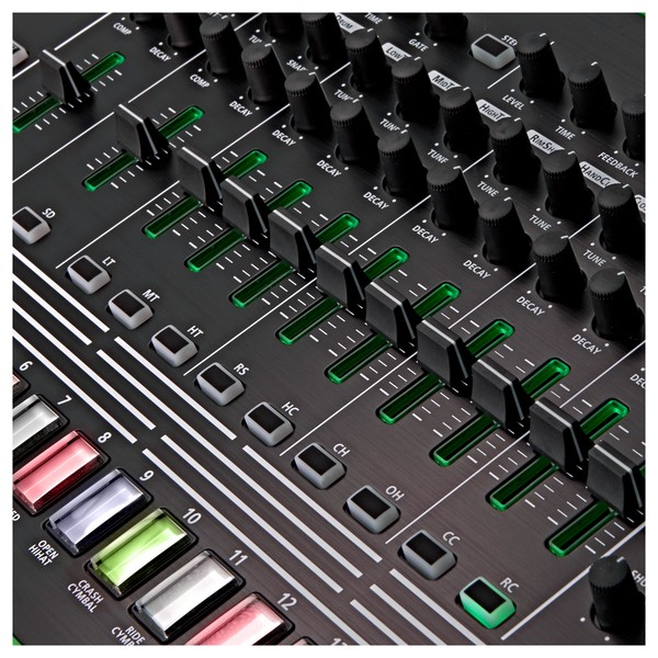 Roland AIRA TR-8 Rhythm Performer buttons