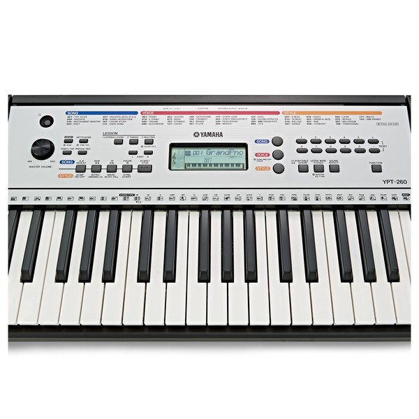Yamaha YPT 260 61-Key Portable Keyboard close