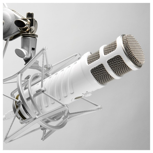 Rode Podcaster USB Condenser Microphone - Lifestyle 1