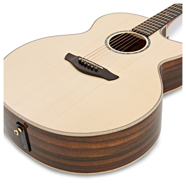 Faith Jupiter Cutaway Electro Acoustic, Hi Gloss Natural close