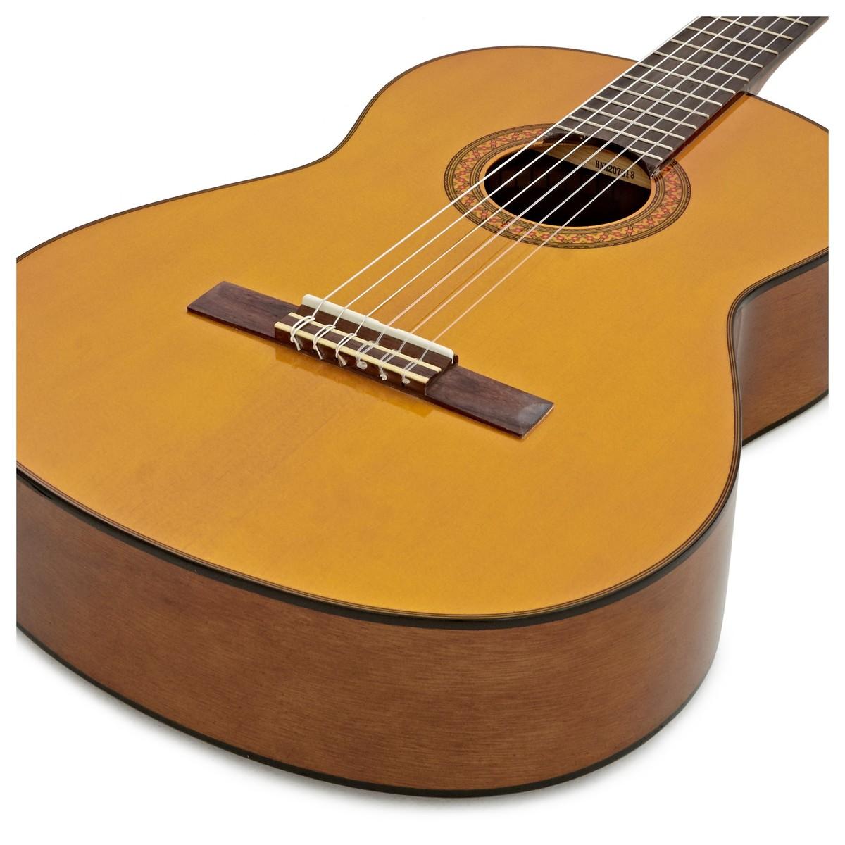 Yamaha C70 Classical Guitar, Natural Gloss at Gear4music