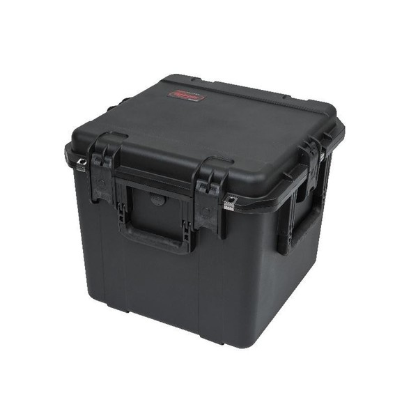 SKB iSeries 1717-16 Waterproof Utility Case with Padded Liner, Closed, Front Angled