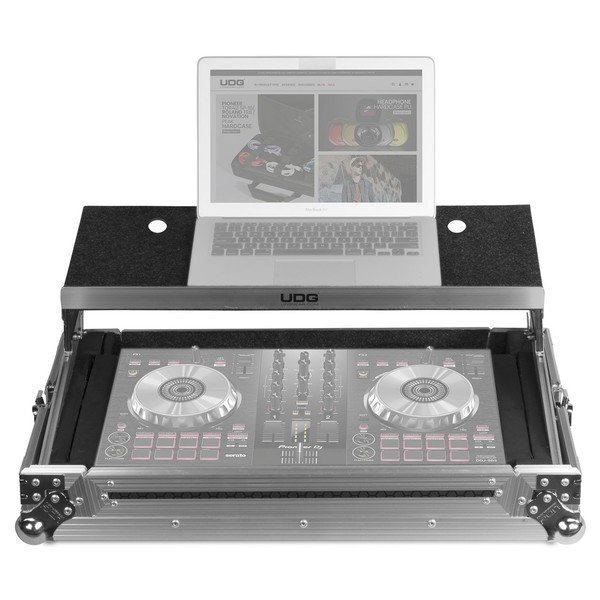 UDG FlightCase Multi Format XL + (Laptop), Silver - Front Open (Laptop and Controller Not Included)