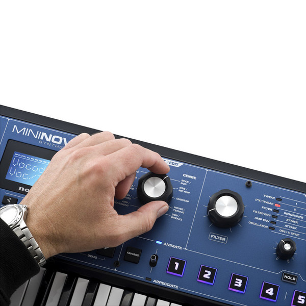 Novation MiniNova Synthesizer - control