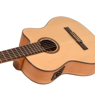 Freshman Classical Cutaway Electro Acoustic Guitar with Hardcase Detail