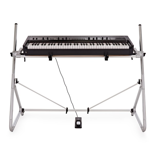 Korg Grandstage 73 Stage Piano with stand