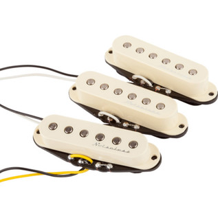 Fender Hot Noiseless Stratocaster Pickups, Aged White, Set of 3